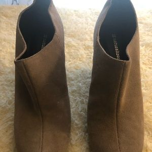 Naturalizer wedge Booties Size 9.5